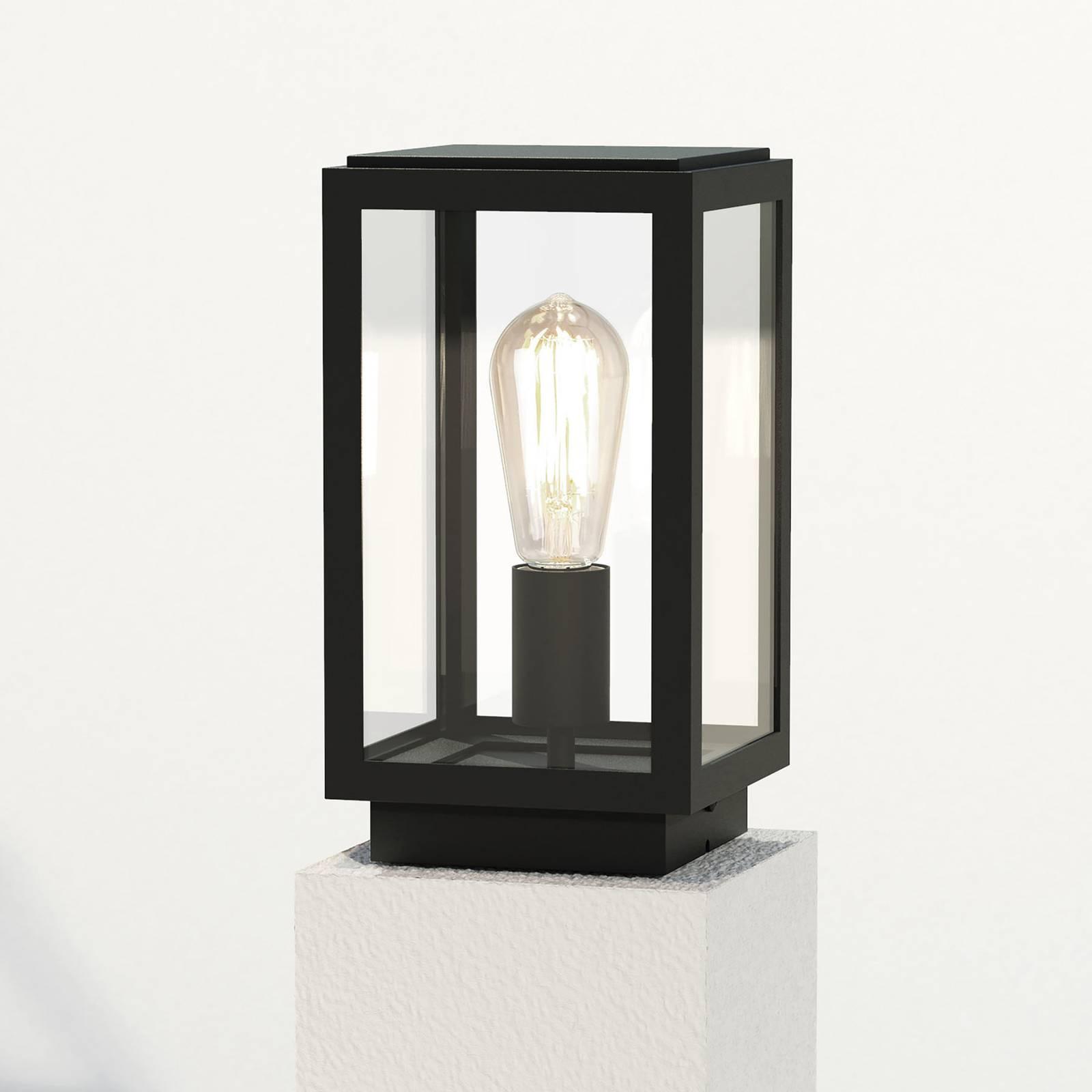 Astro Homefield Pedestal -pollarilamppu lyhtynä