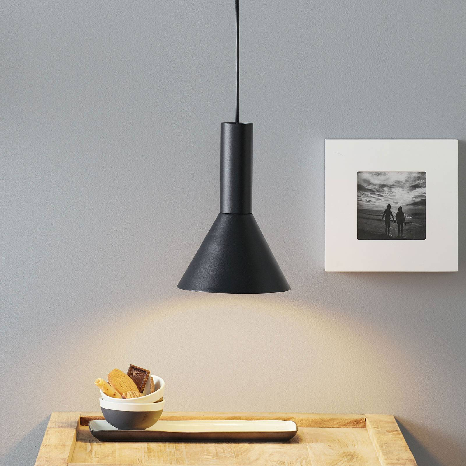 Lucande Caris -riippuvalo Ø 19 cm musta/valkoinen