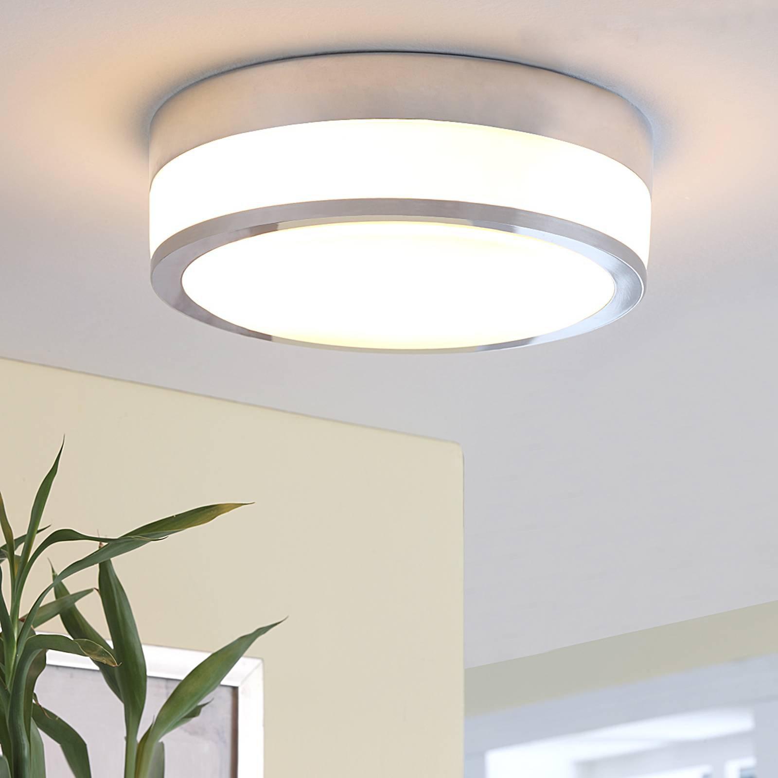 Lindby Flavi taklampe til bad, Ø 28 cm, krom