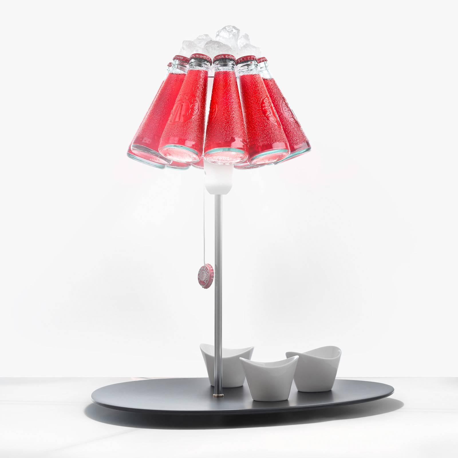 Ingo Maurer Campari Bar -pöytälamppu pulloista