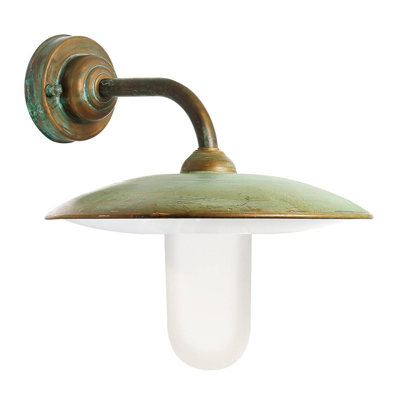 Casale utendørs vegglampe antikk messing opalglass