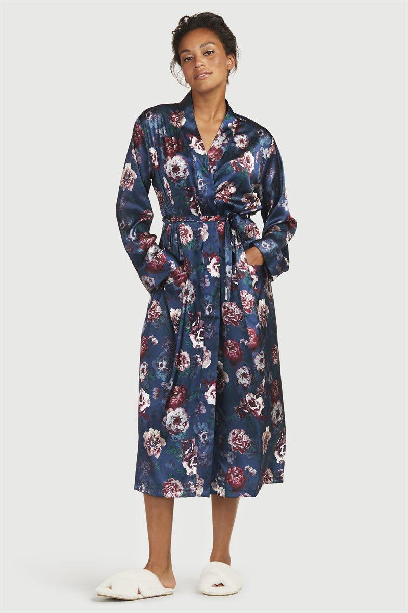 Kimono satiinista