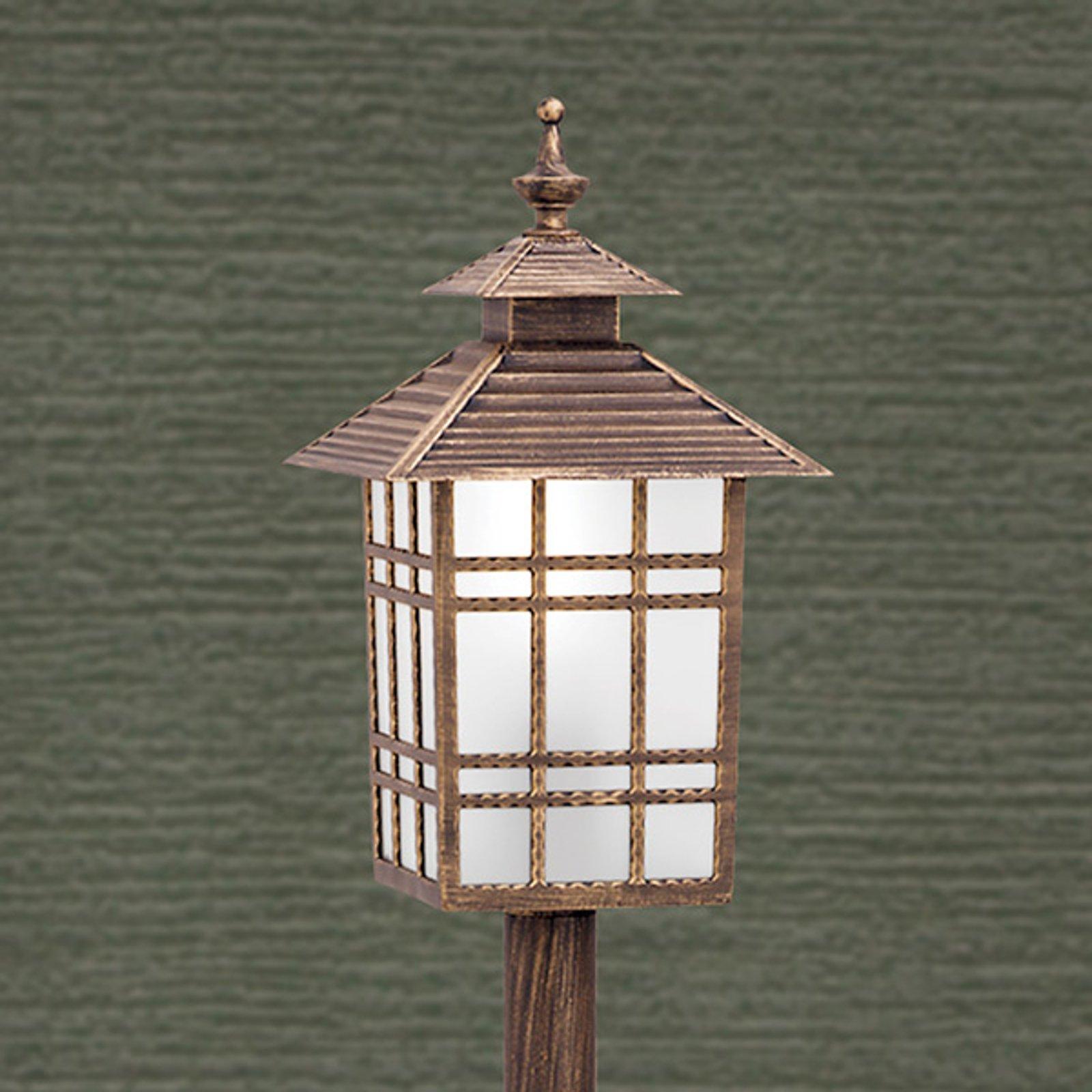 Tradisjonell veilampe Ilka i lykteform