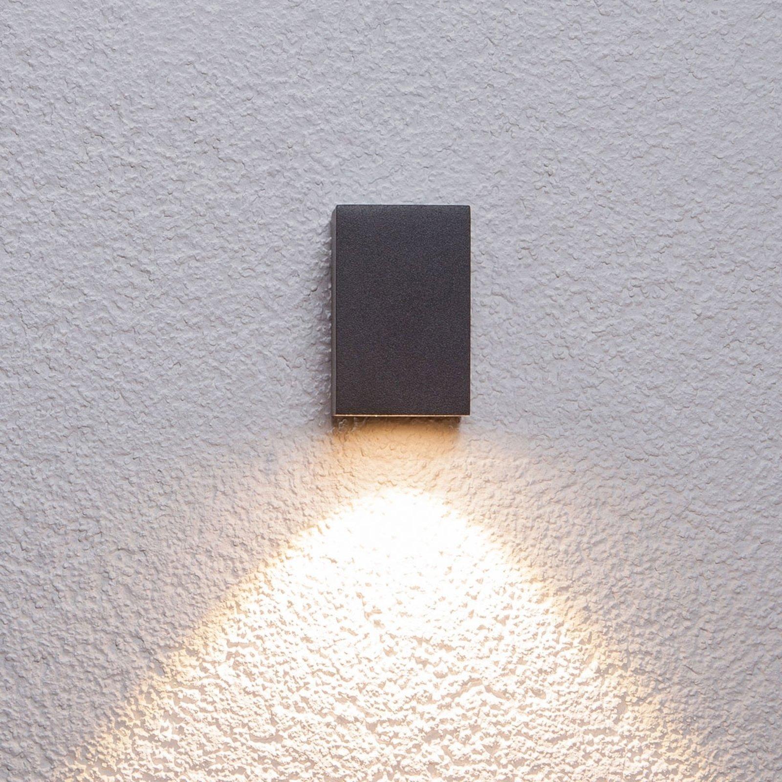 Grafittgrå utendørs Tavi LED-vegglampe, 9,5 cm
