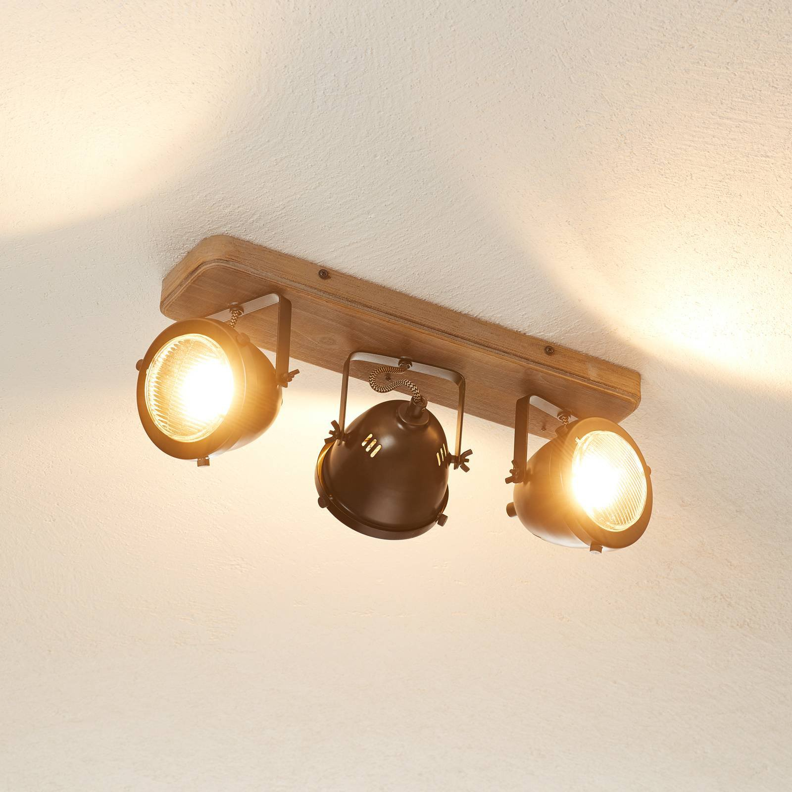 Taklampe Carmen Wood, industriell stil 3 lyskilder