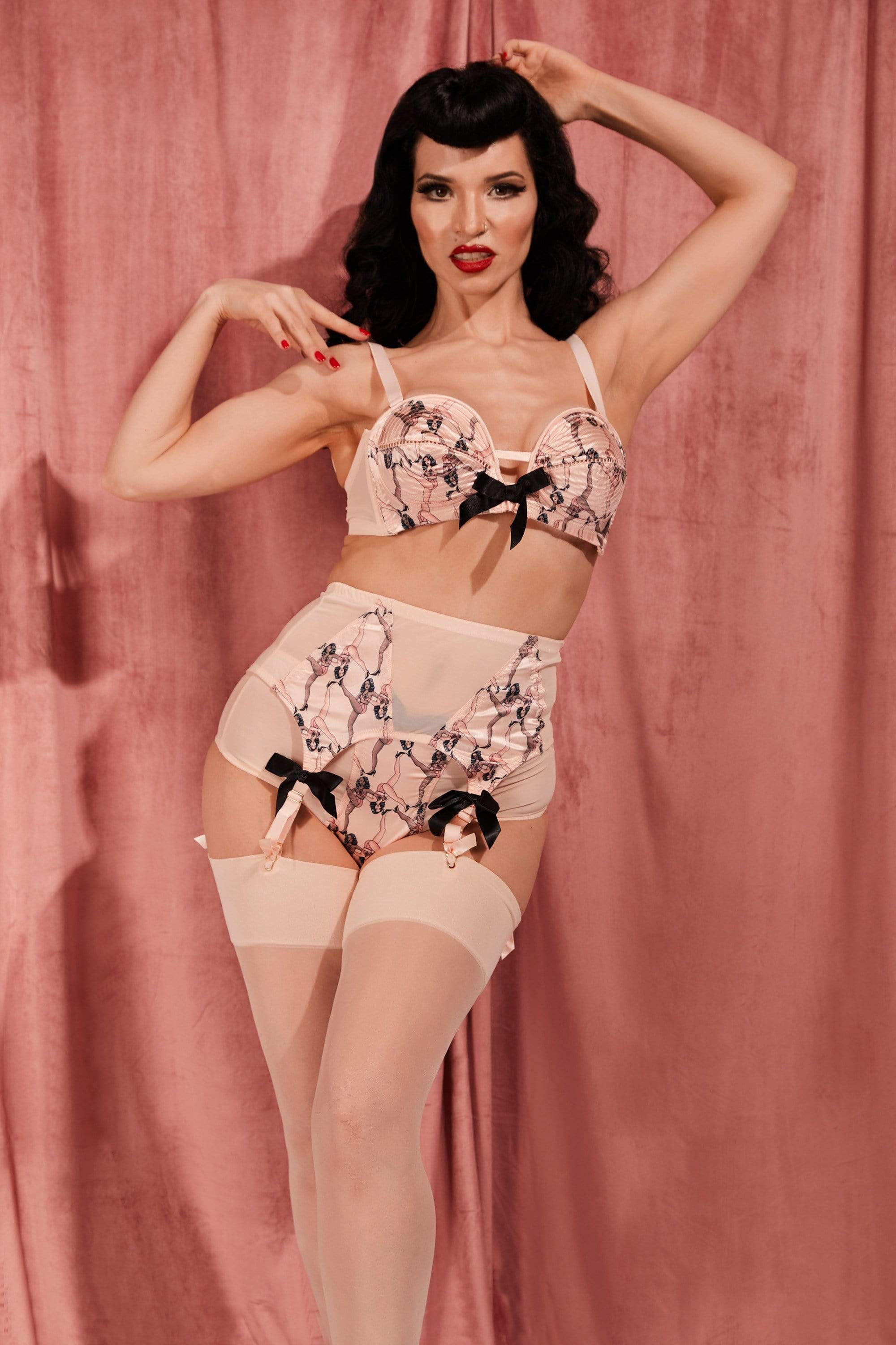 Bettie Page Showgirl Pink Overwire Bra 32A