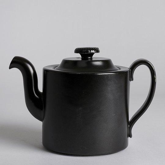 Vintage - SÅLD Mangania Tekanna 12,5 cm
