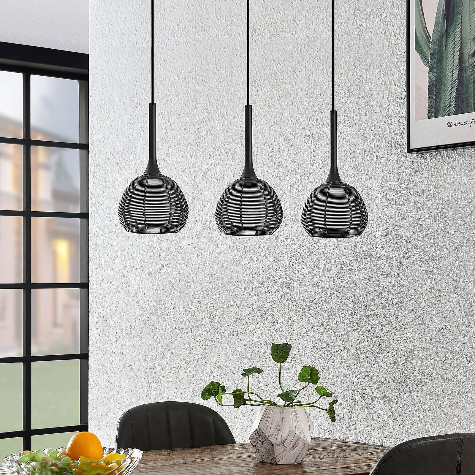 Lucande Tetira -riippuvalo, 3-lamppuinen, musta