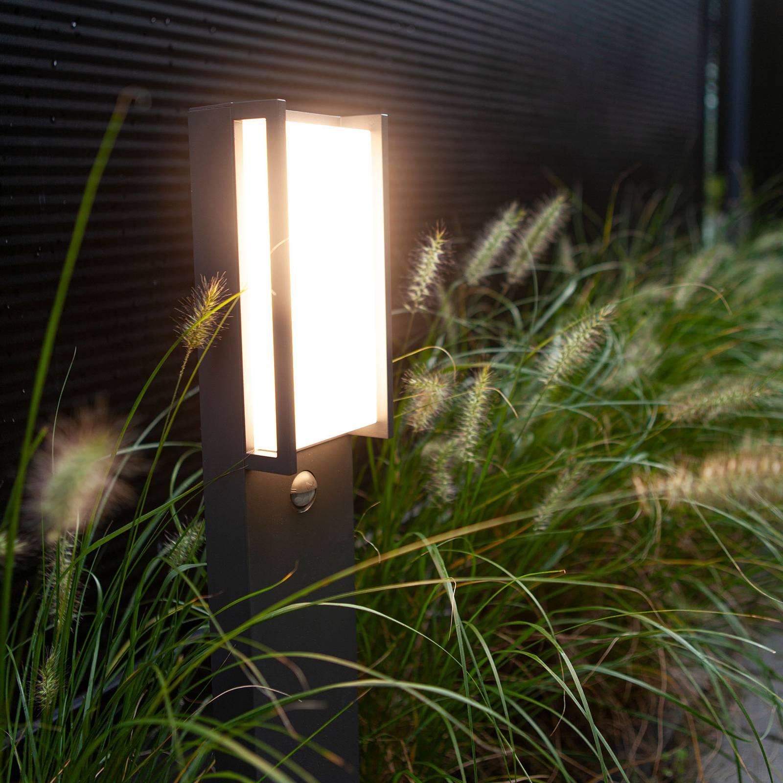 LED-pylväsvalo Qubo, antrasiitti, liiketunnistin