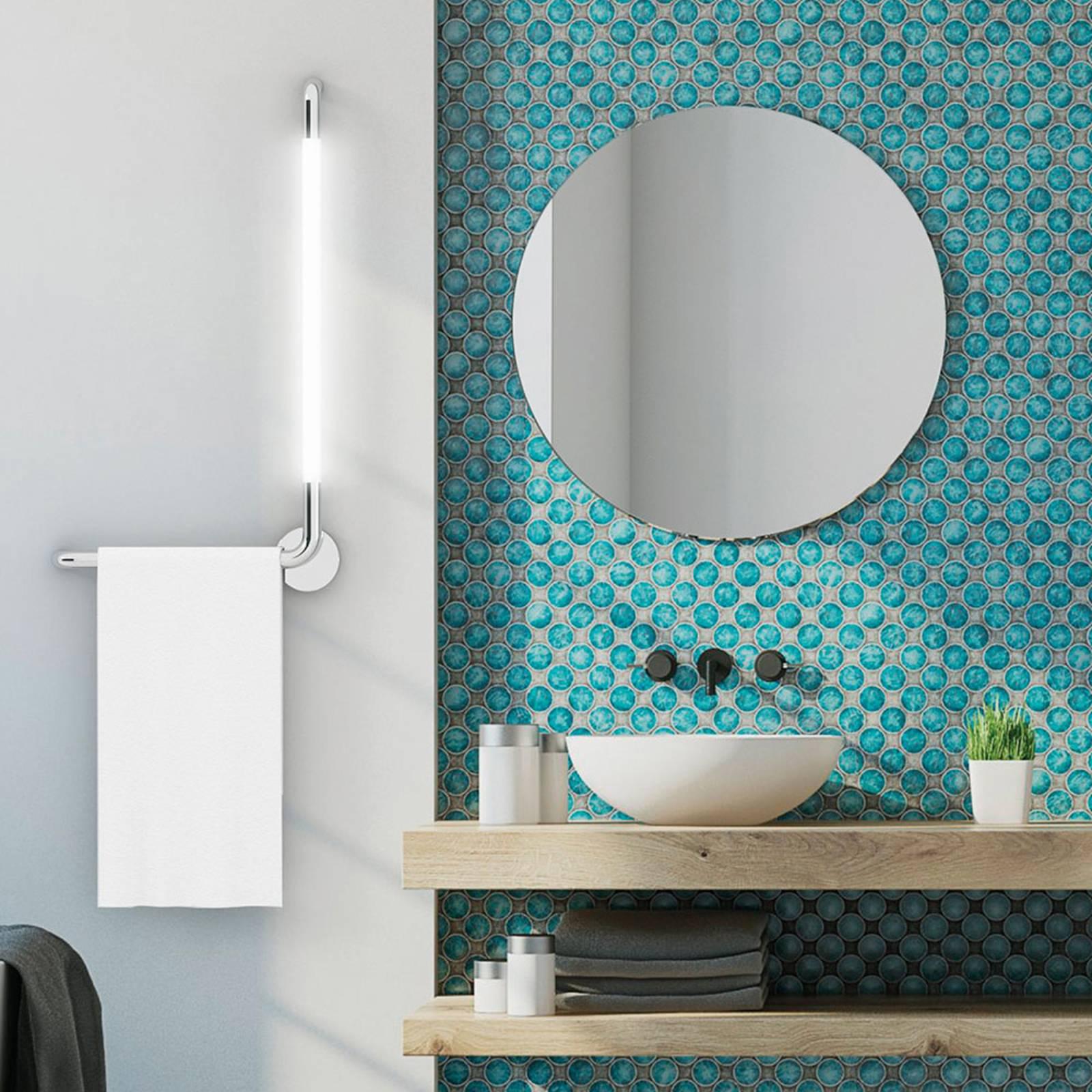 Kylpyhuoneen LED-seinälamppu Tubus, oikea