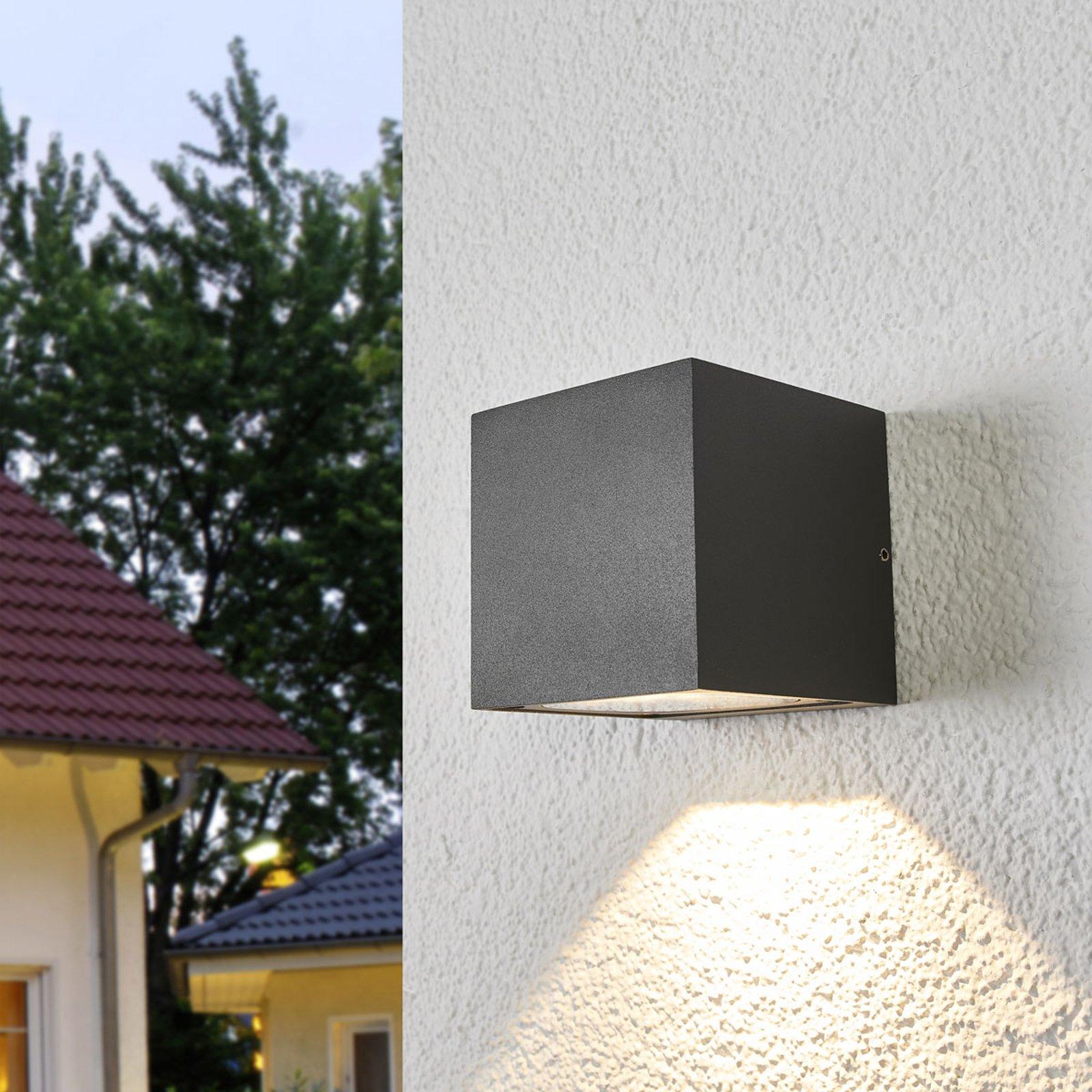 LED-utevegglampe Merjem med nedadrettet lys