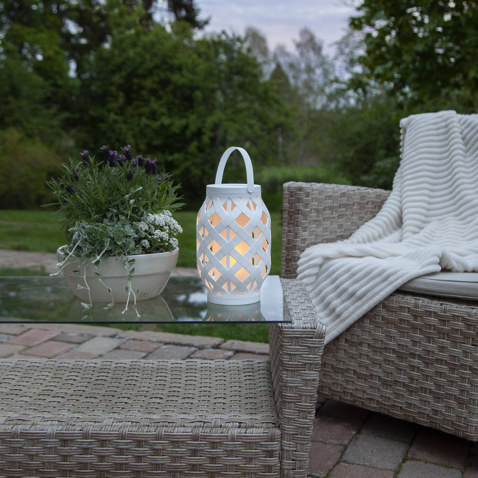 Flame Lantern -LED-lyhty, valkoinen, korkeus 23 cm