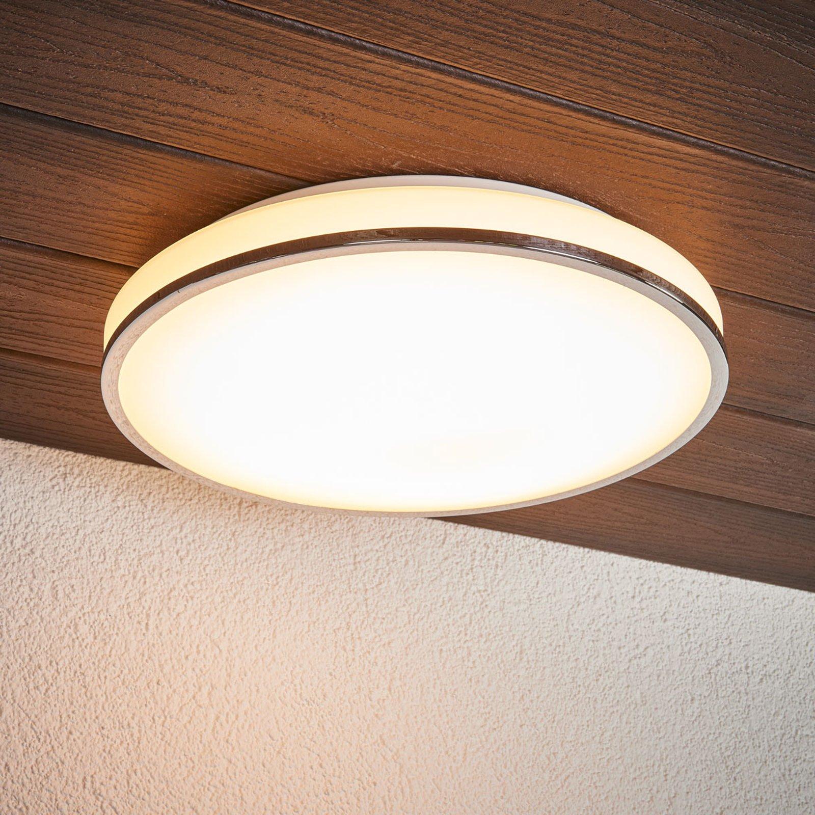 Lyss lampe for bad med LED-pærer og god lysstyrke