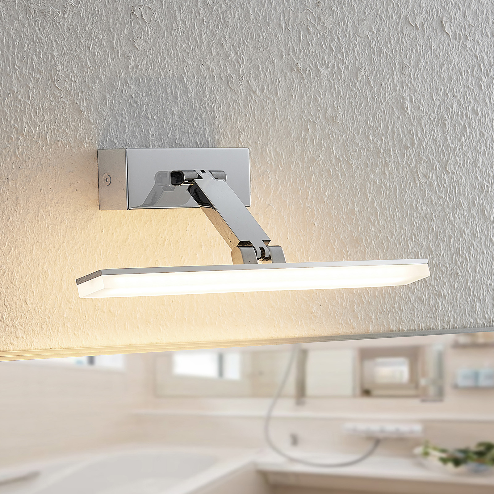 Arcchio Soey -LED-peililamppu, IP44, 36,5 cm