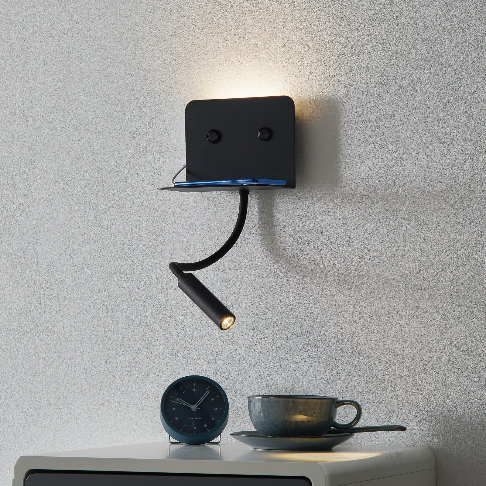 LED-vegglampe Level, leselampe + USB-port svart