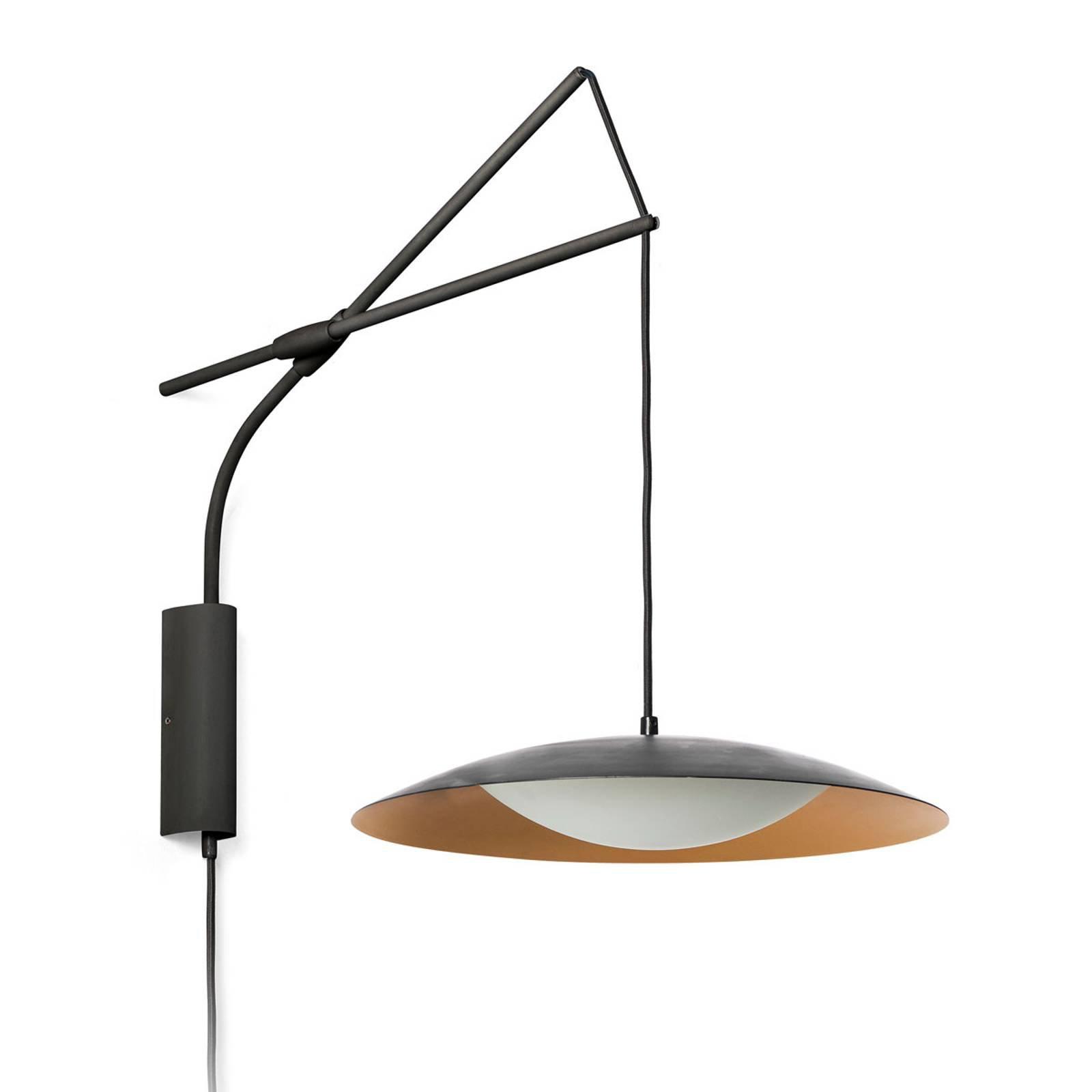 LED-vegglampe Slim med plugg, svart og gull