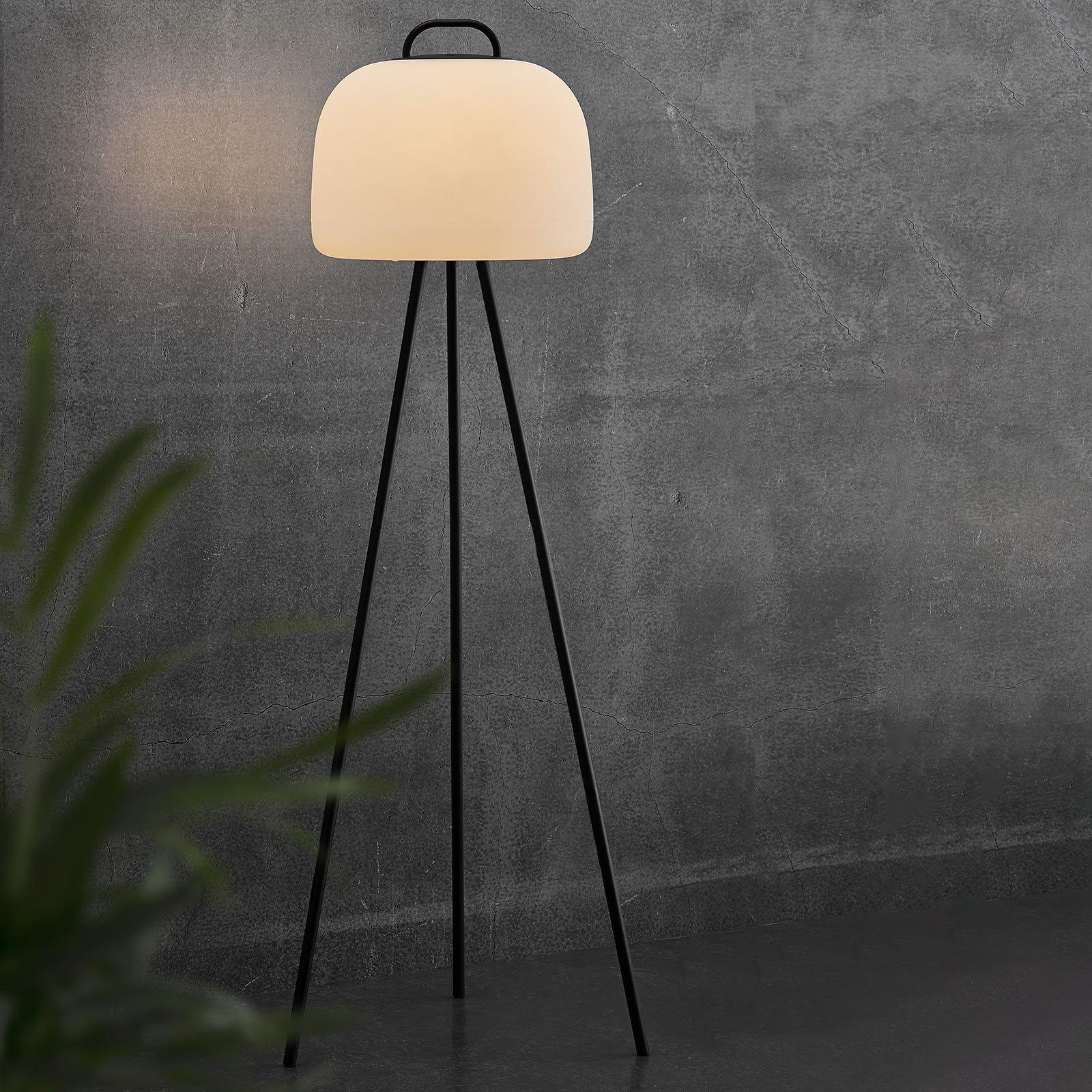 LED-gulvlampe Kettle tripod, metall, skjerm 36 cm