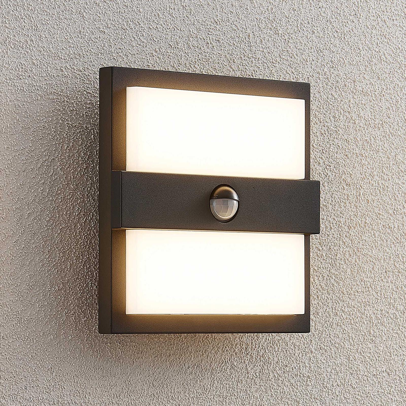 Lucande Gylfi -LED-seinälamppu, neliö, sensori