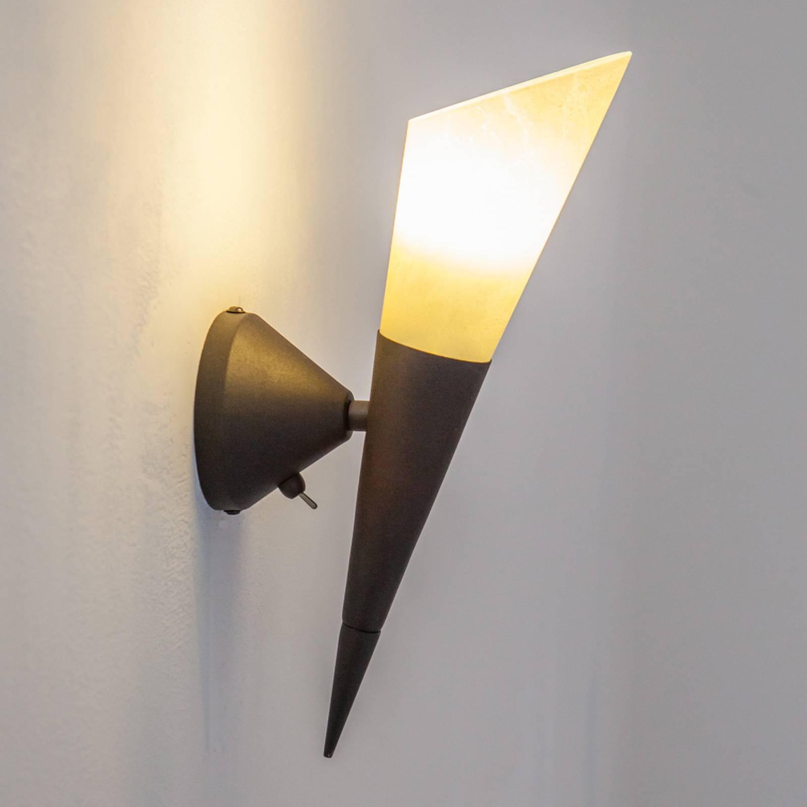 Seinävalaisin Alva E14-LED-lampulla