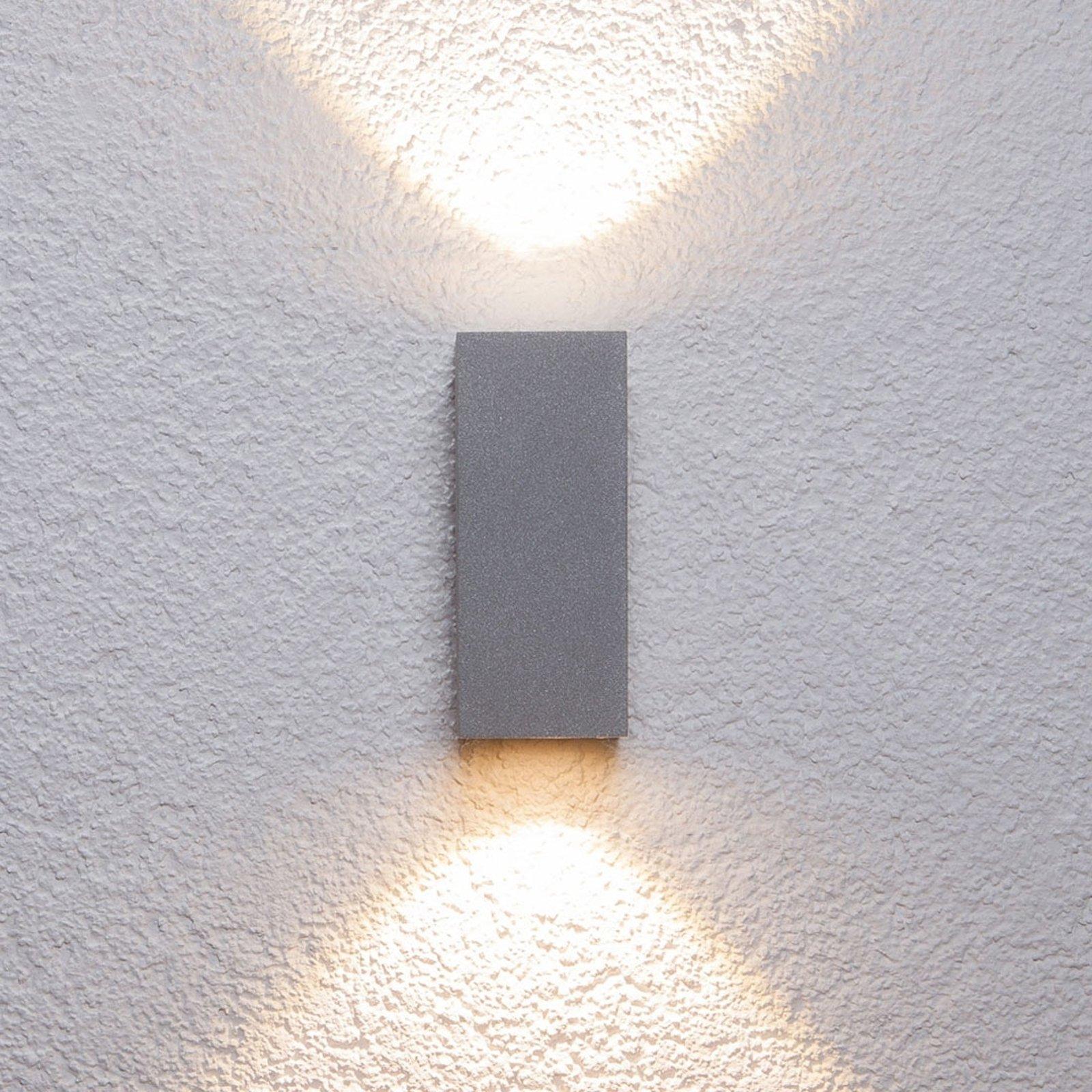 Sølvfarget utevegglampe Tavi med Bridgelux LED-lys