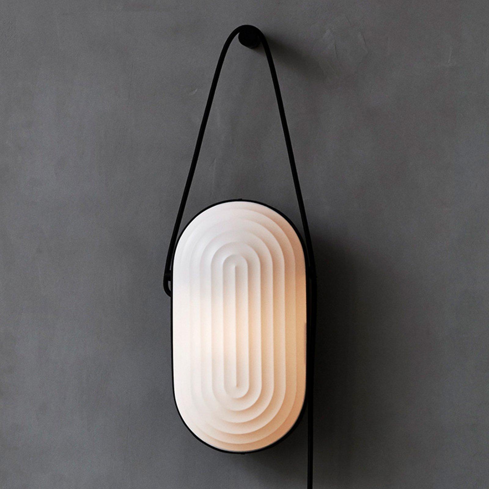 LE KLINT Arc - designer-vegglampe, håndlaget