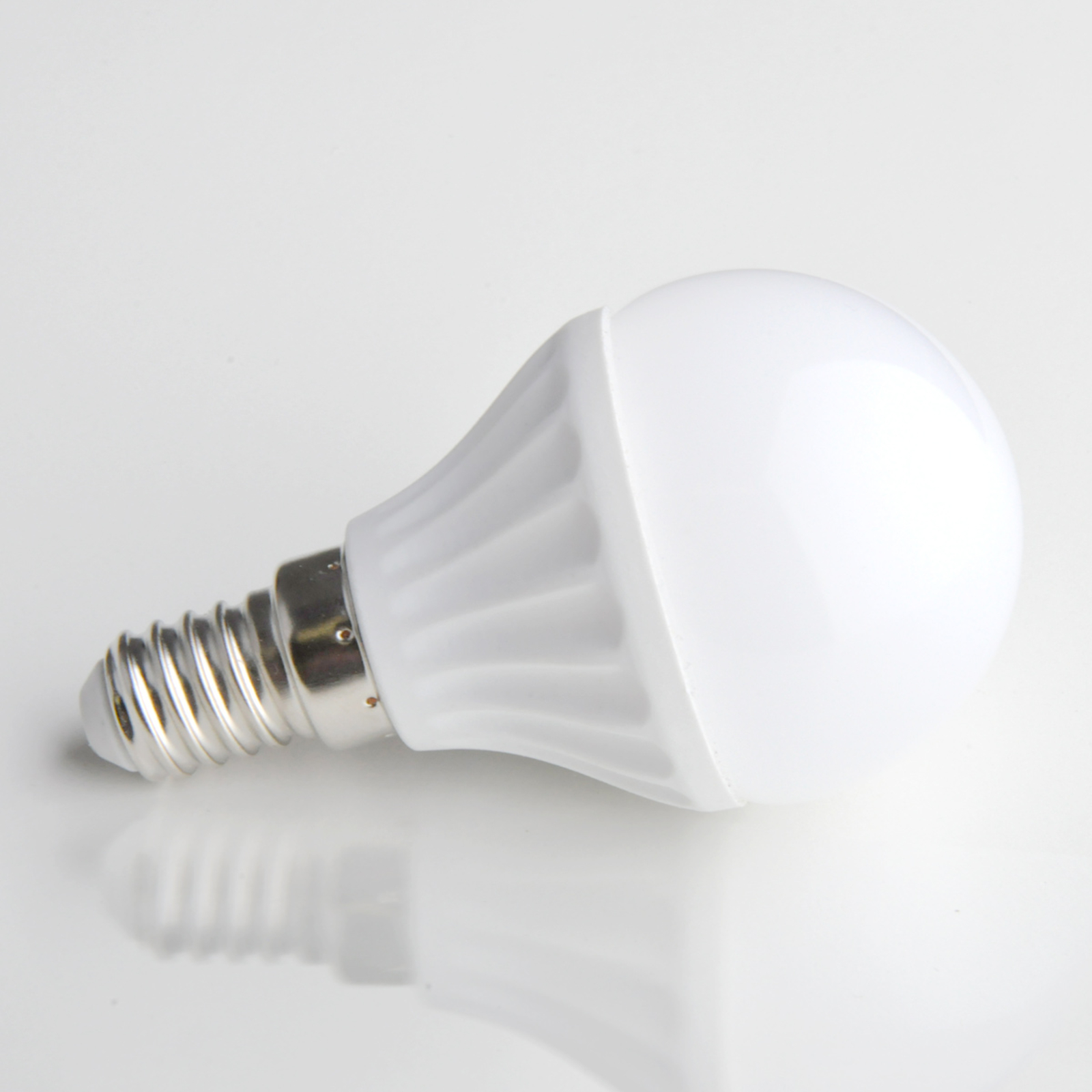 E14 4W 830 LED-lamppu, pisaranmuotoinen, matta