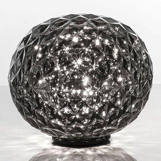 Pallonmuotoinen LED-pöytävalaisin Planet, savunh.