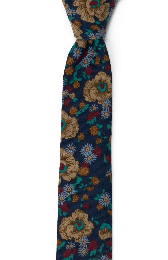Bomull Smale Slips, Multifarget, tett blomstermønster på marinblått