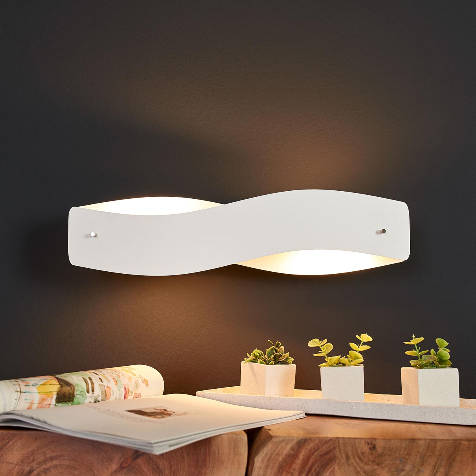 Valkoinen LED-seinävalaisin Lian, himmennettävä