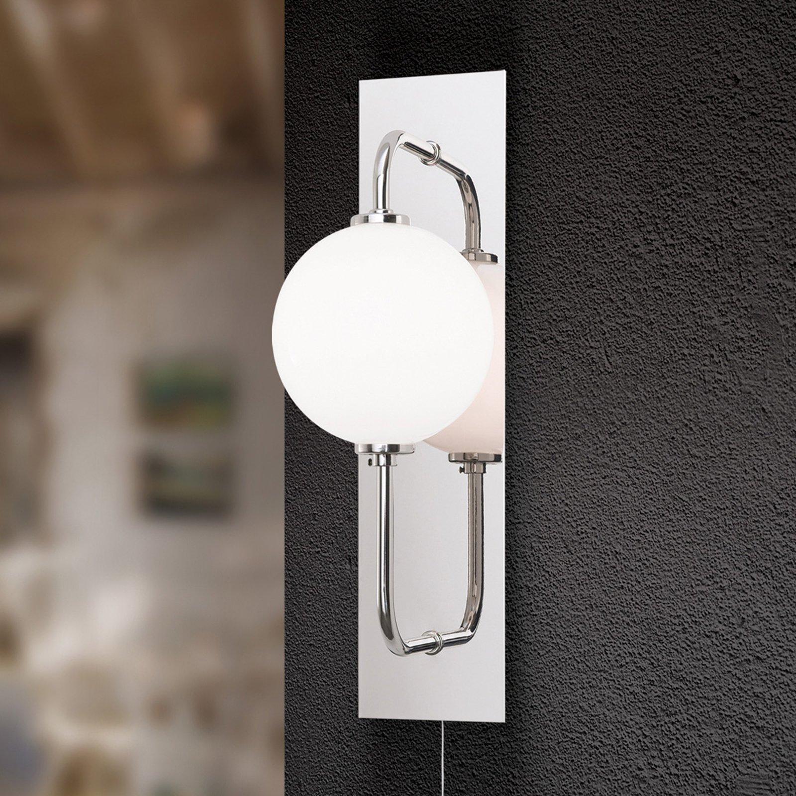 LED-vegglampe Pipes i blank nikkel