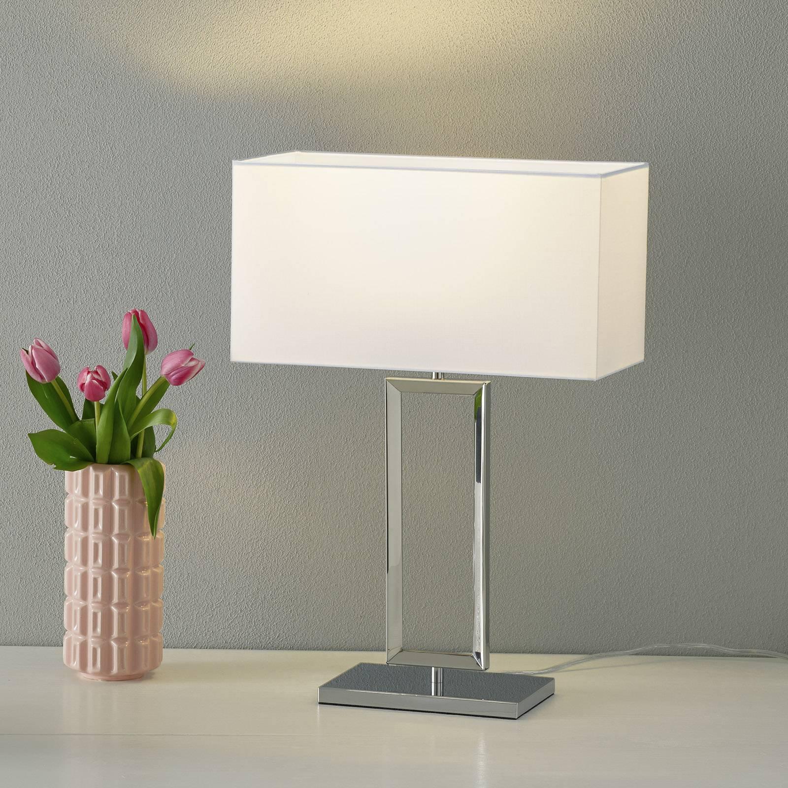 Helestra Enna 2 – bordlampe i tekstil, 53 cm
