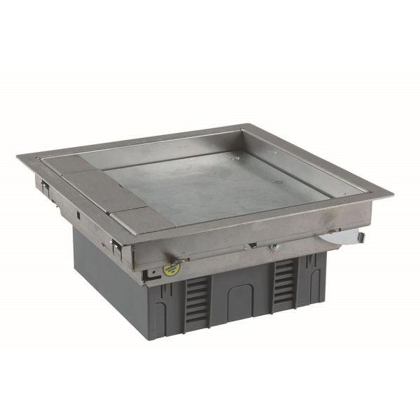 Schneider Electric INS51043 Lattiarasia 4 moduulille