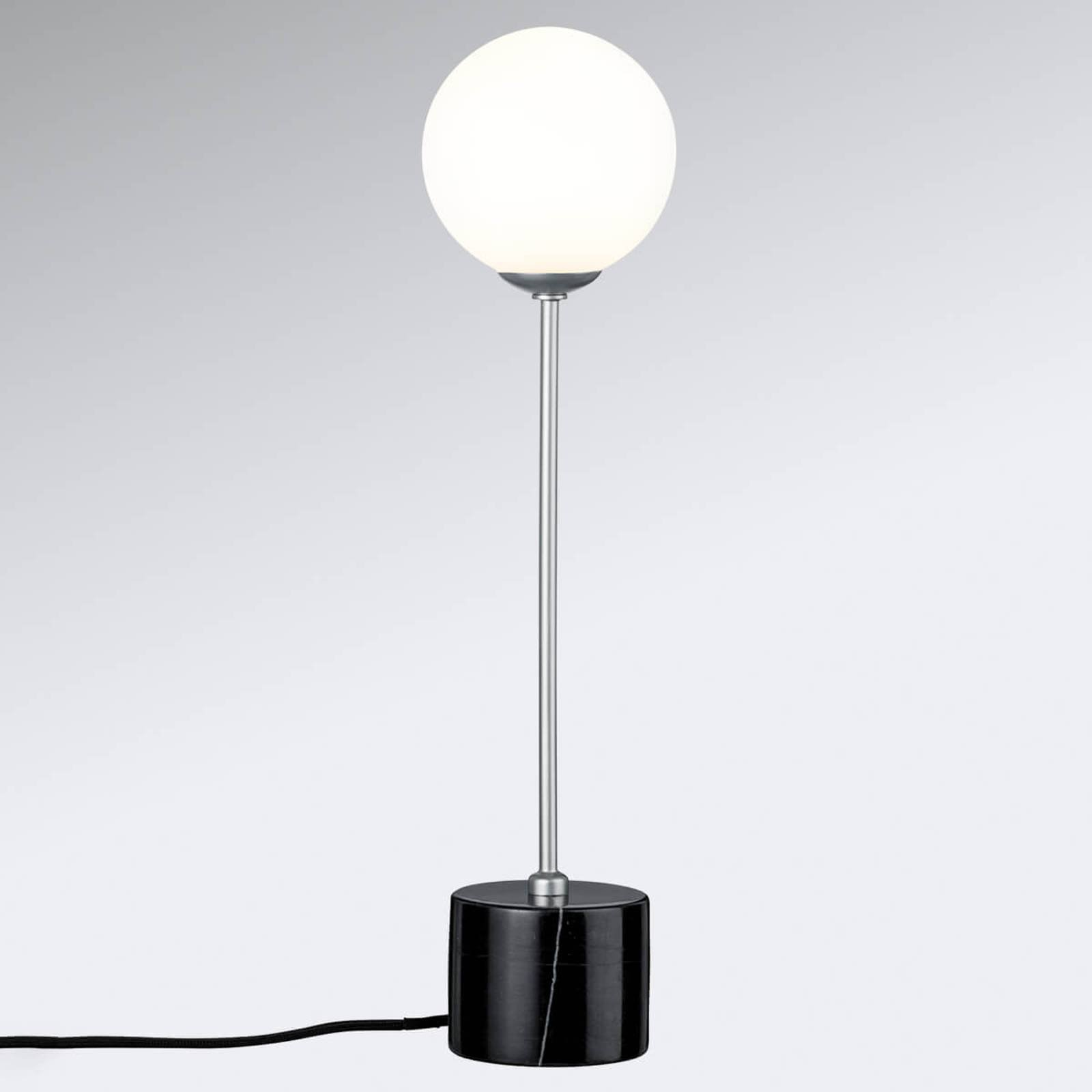 Bordlampe Moa i elegant design