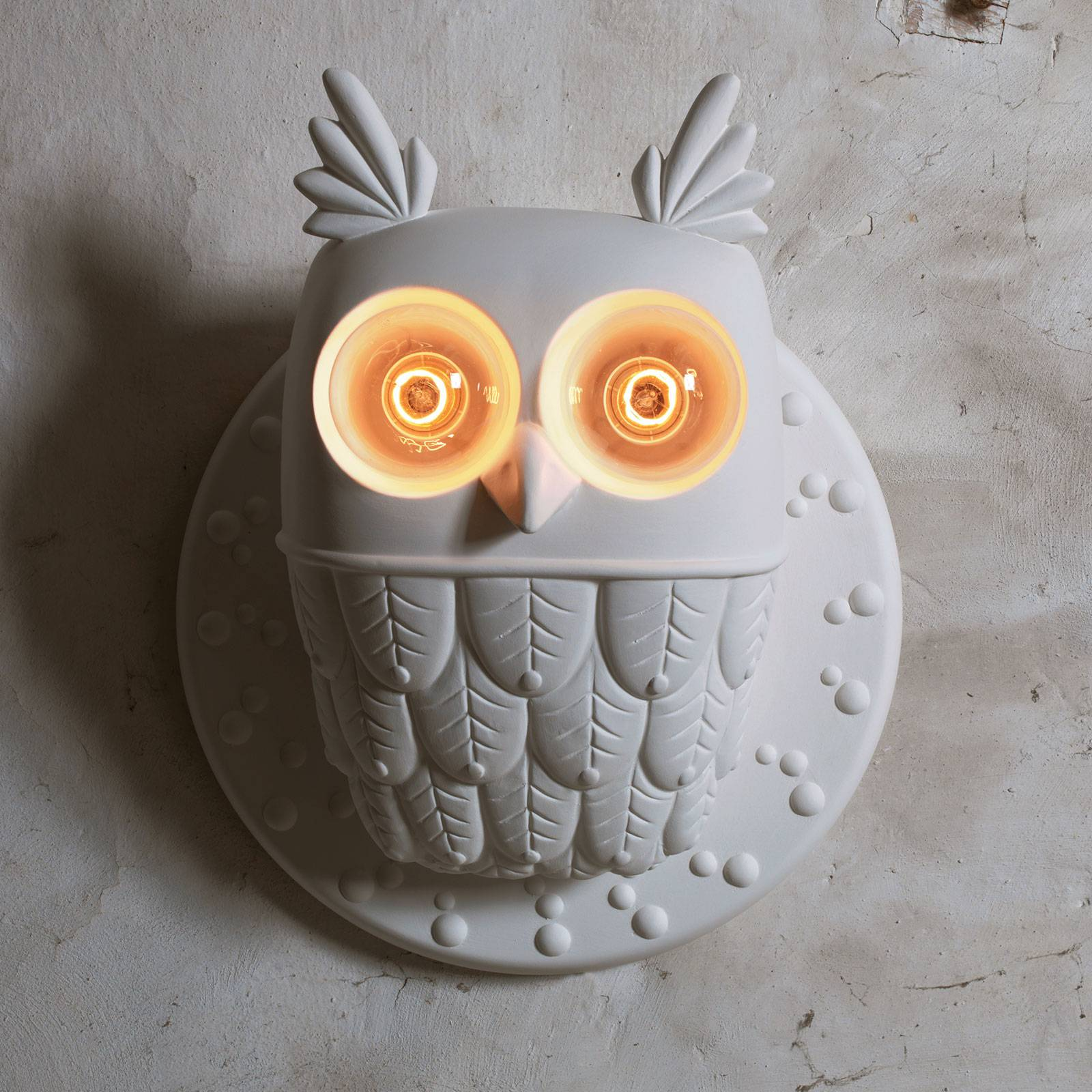 Karman-seinävalaisin Ti Vedo, pöllö