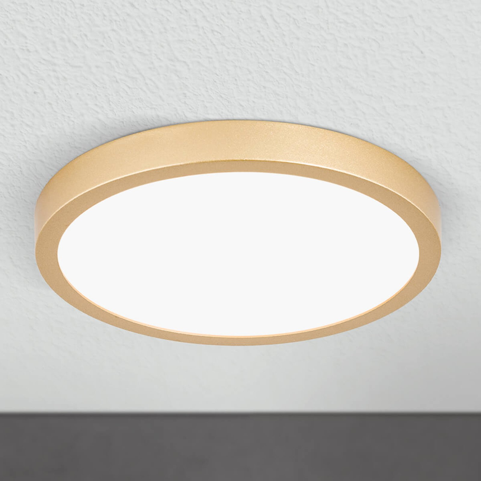 LED-taklampe Vika, rund, gull matt, Ø 23cm