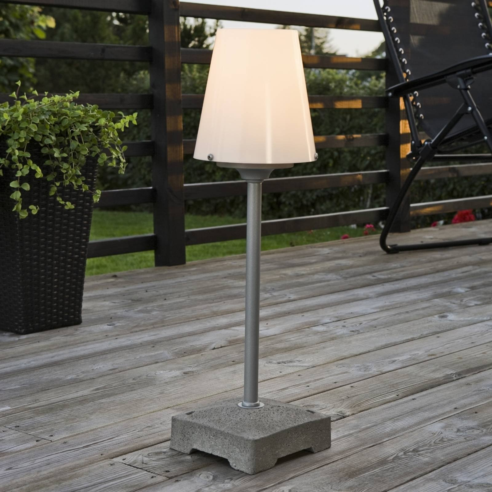 Utendørs NEW LUCCA gulvlampe på 59 cm