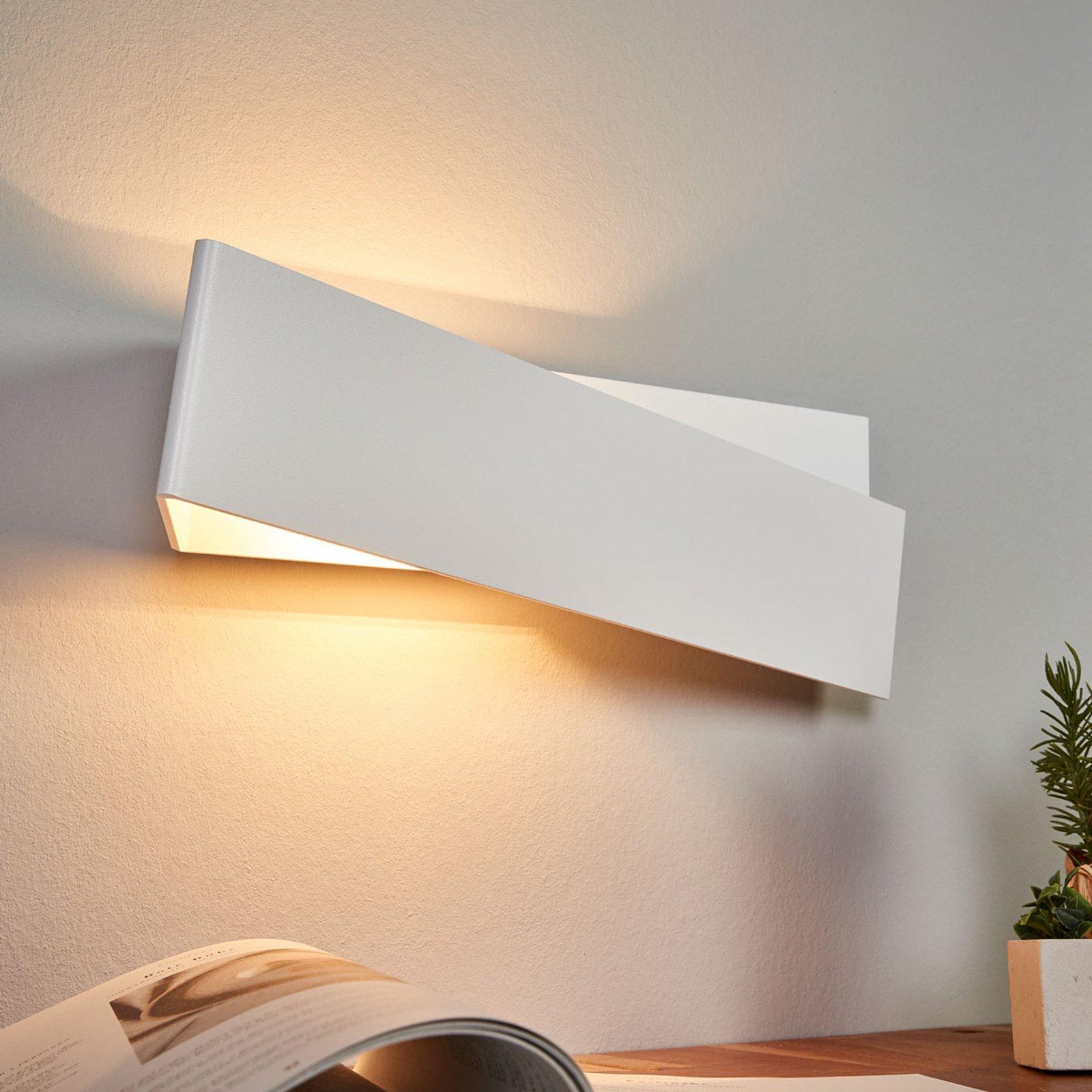 ZIG ZAG vegglampe i hvitt, 43 cm