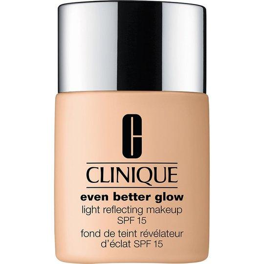 Clinique Even Better Glow Light Reflecting Makeup SPF15, 30 ml Clinique Meikkivoiteet