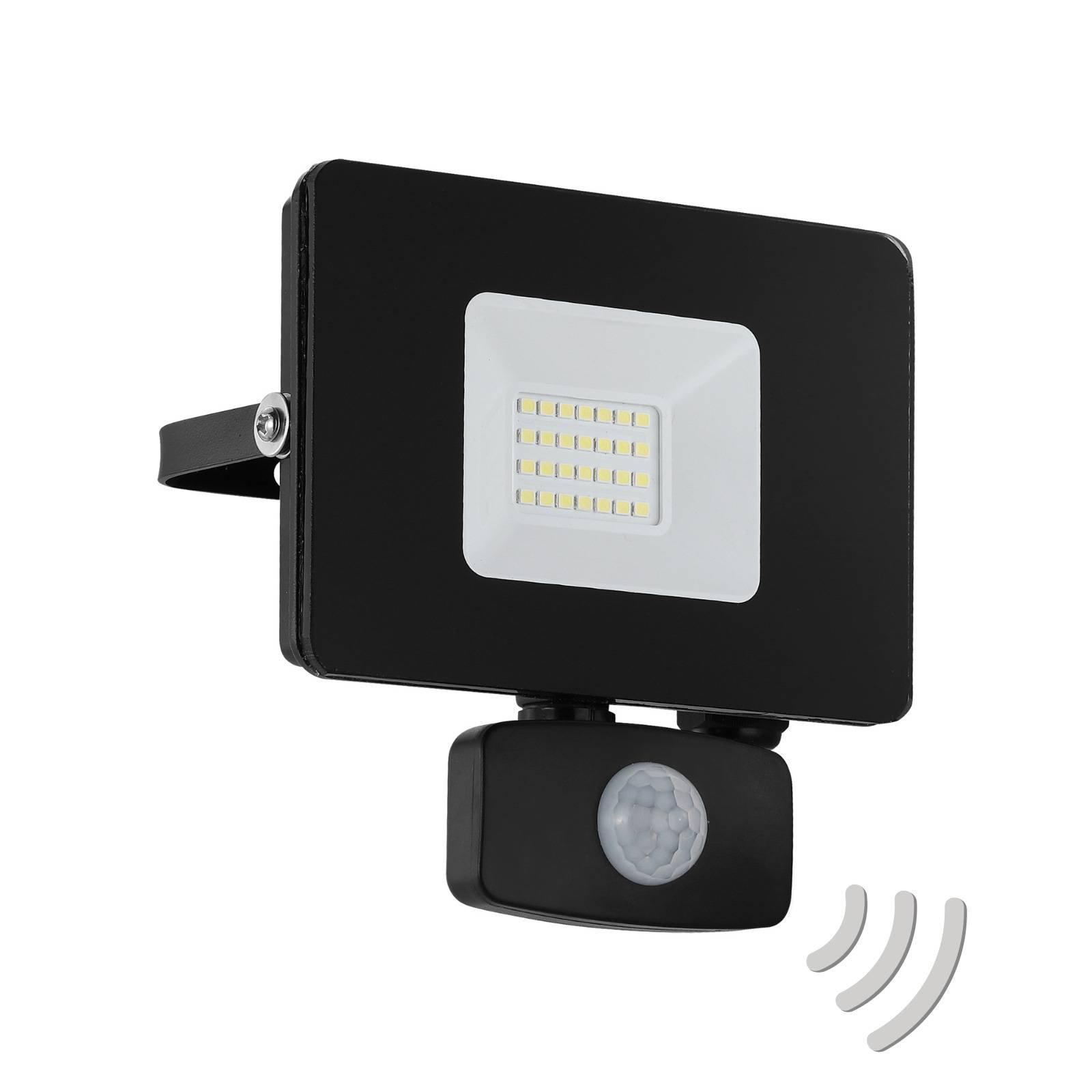 Utendørs LED-spot Faedo 3 med sensor, svart, 20 W