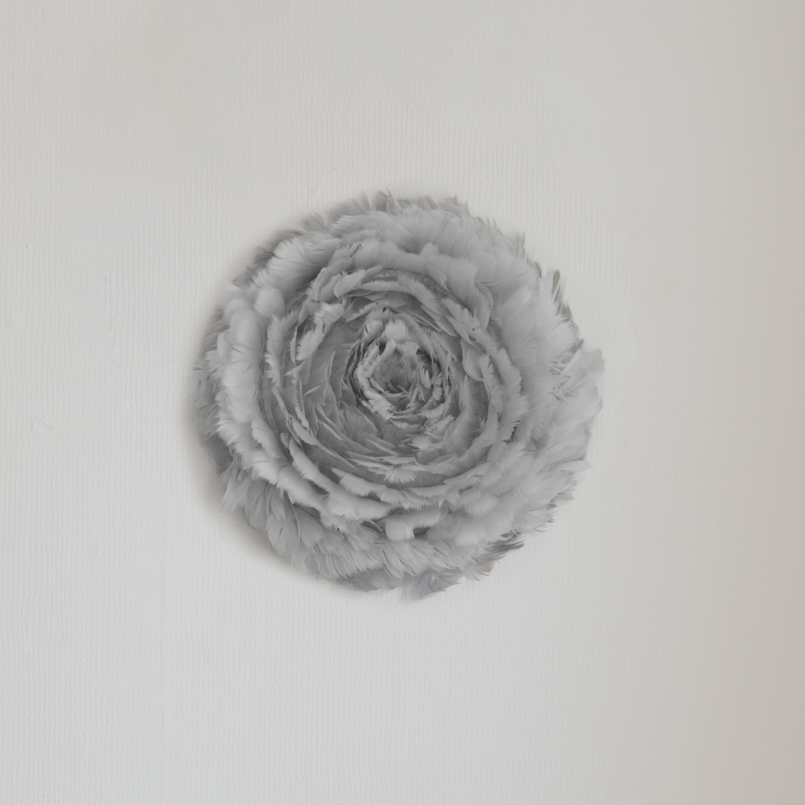 UMAGE Eos Up medium - harmaa seinävalaisin
