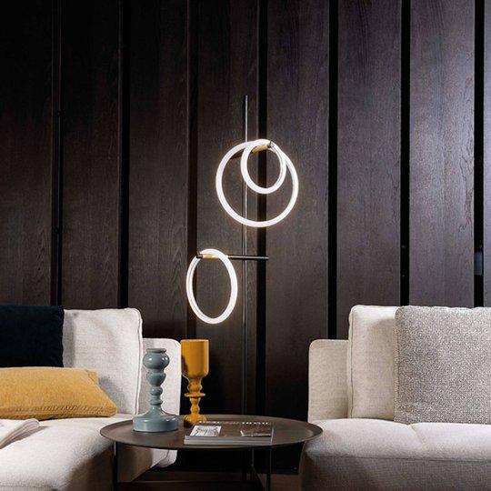 LED-gulvlampe Ulaop, tre ringer, svart