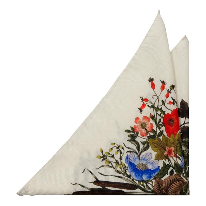 Ull Lommetørkler, Blomsterarrangement på porselenshvitt, Rosa, Blomster