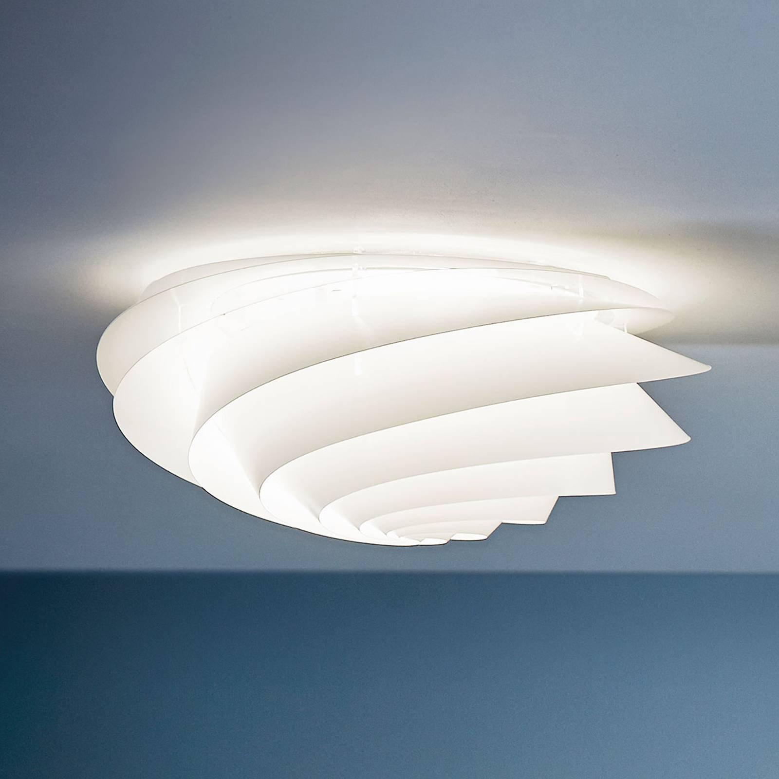 LE KLINT Swirl Medium - vegglampe med LED, hvit