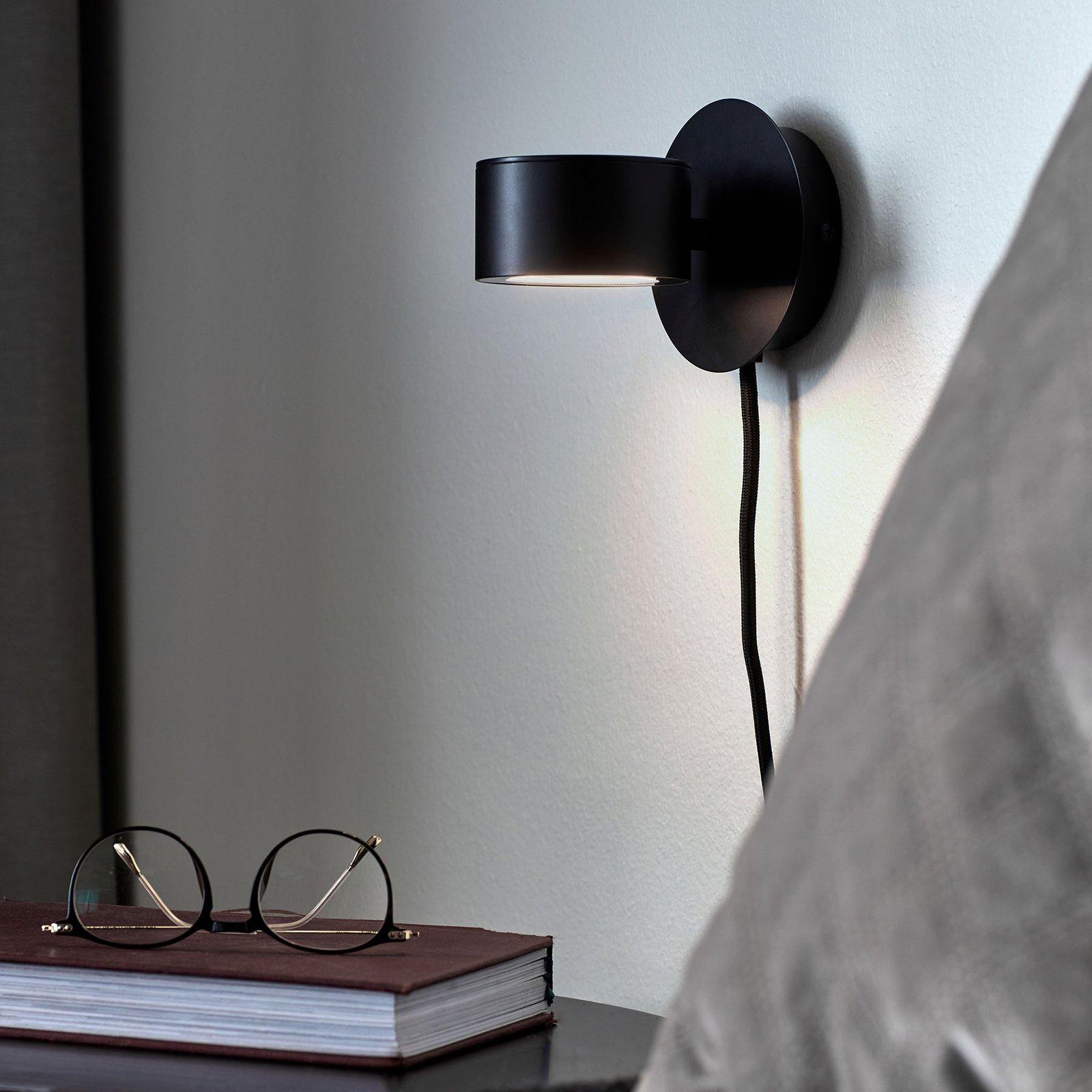 LED-vegglampe Clyde med plugg og dimmer