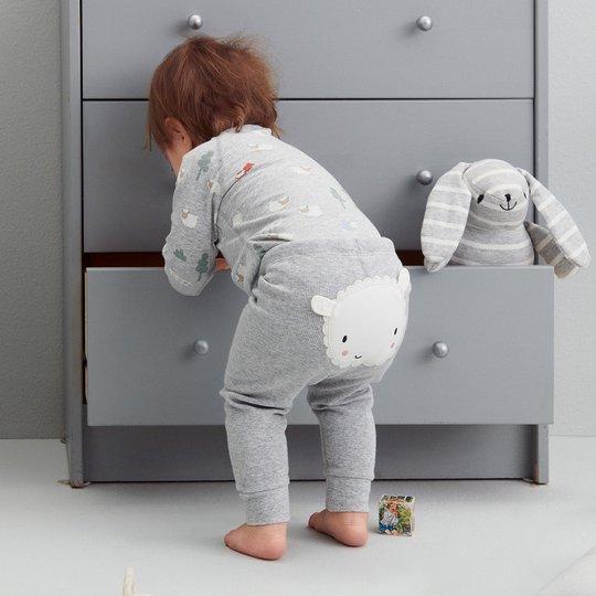 Ribbestrikket bukse med applikasjon, baby gråmelange