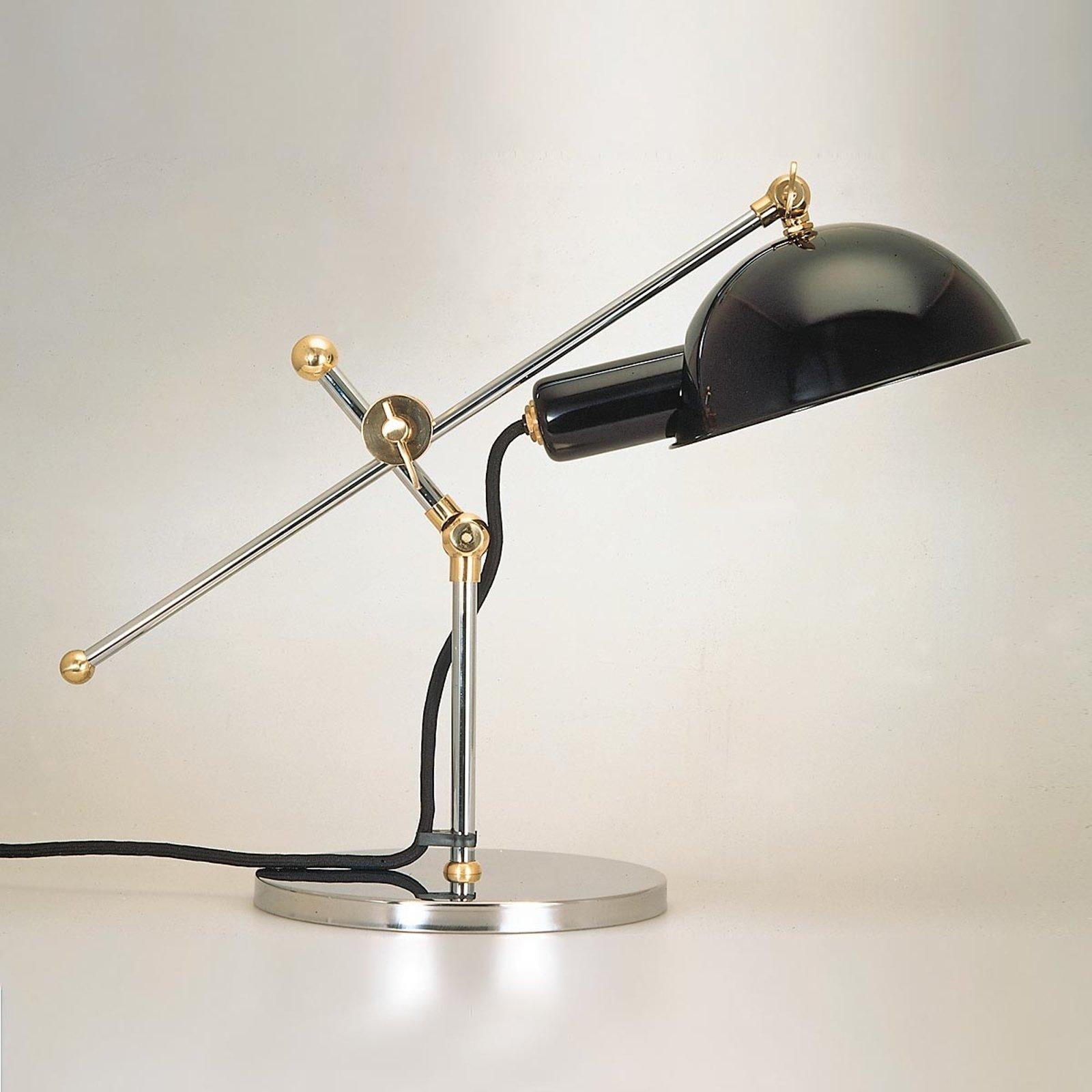 Bordlampe med messingledd fra 1927