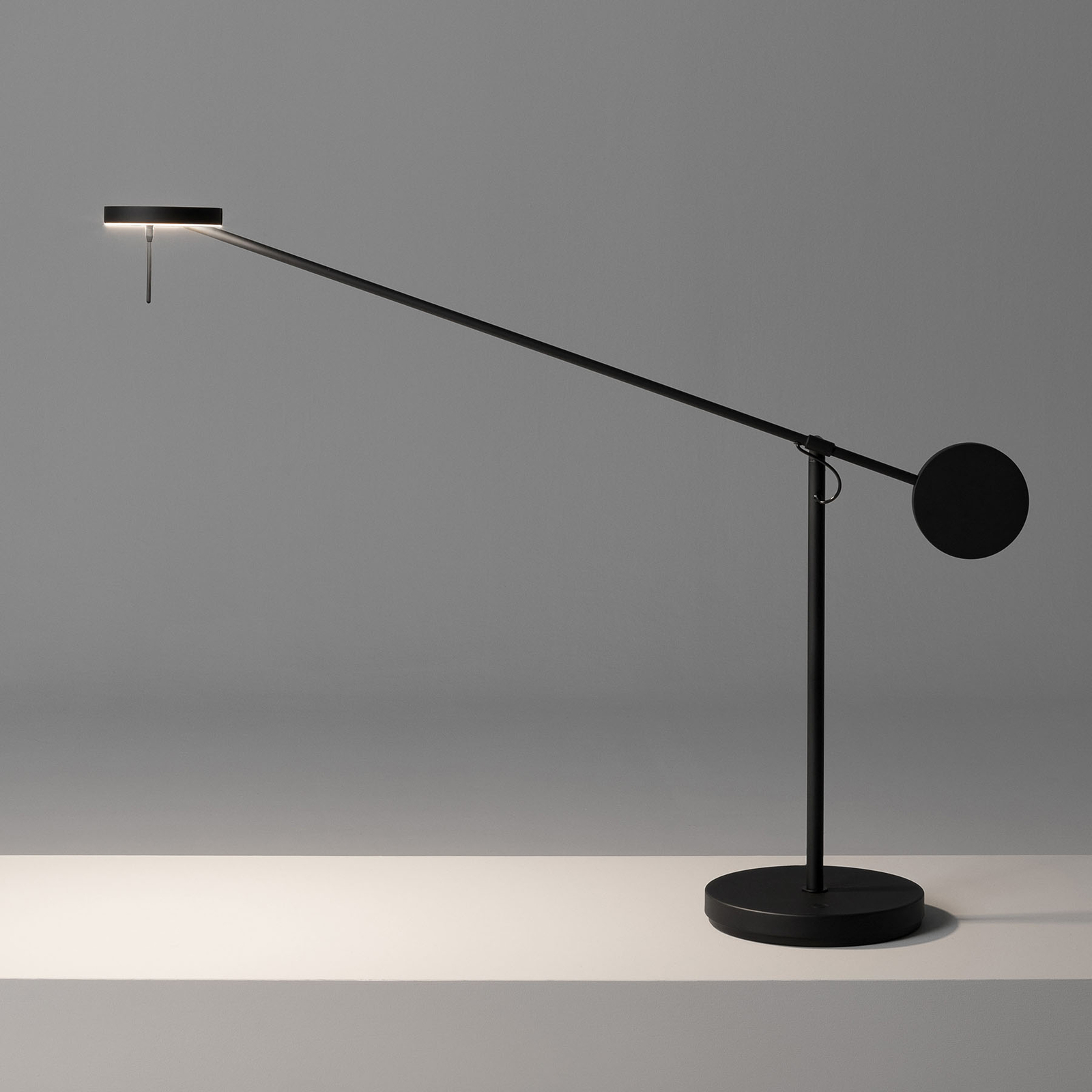 Grok Invisible -LED-pöytälamppu 2700K touchdimmer