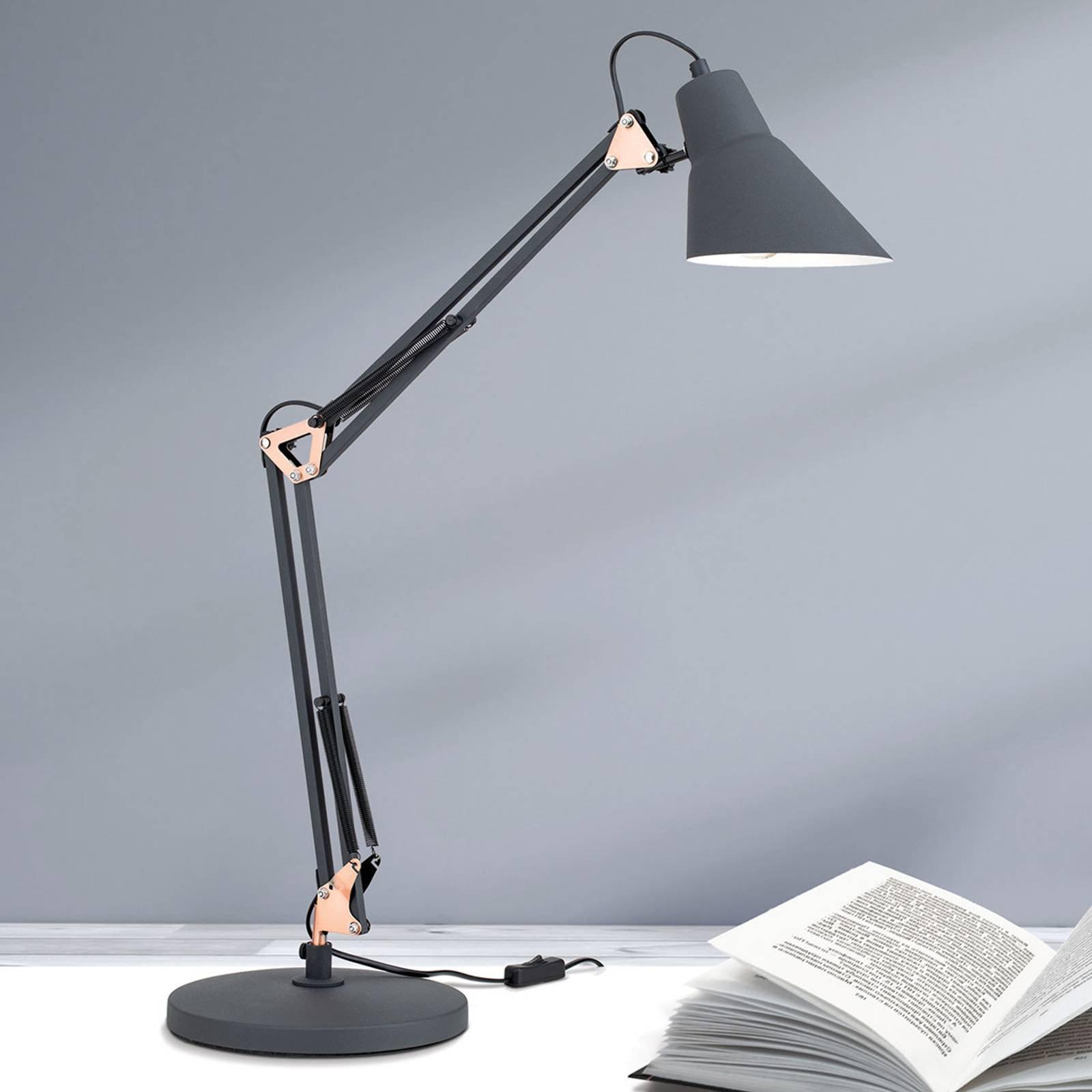 Tredobbel regulerbar bordlampe Bachelor