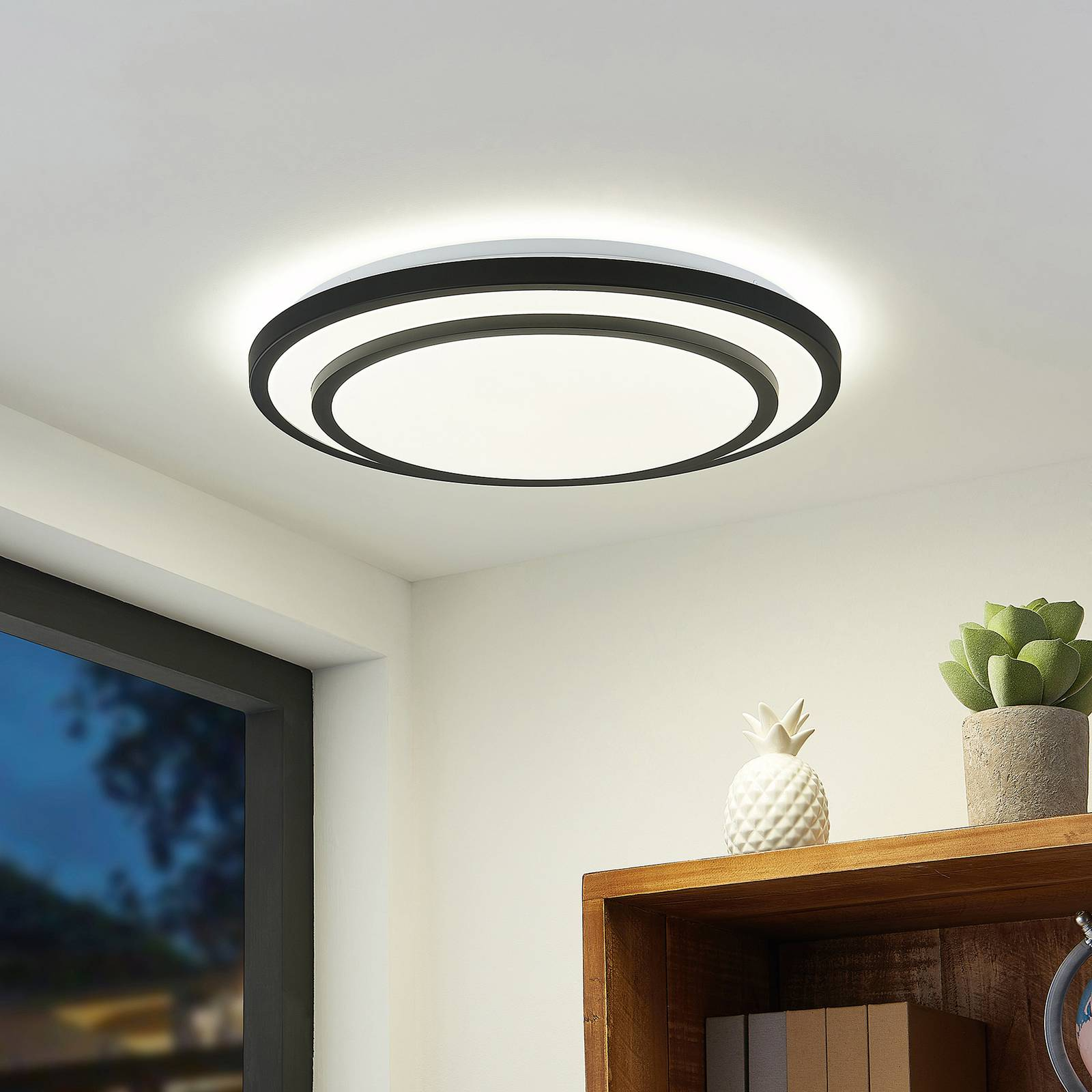 Lindby Essina -LED-kattovalaisin, CCT, himmennys