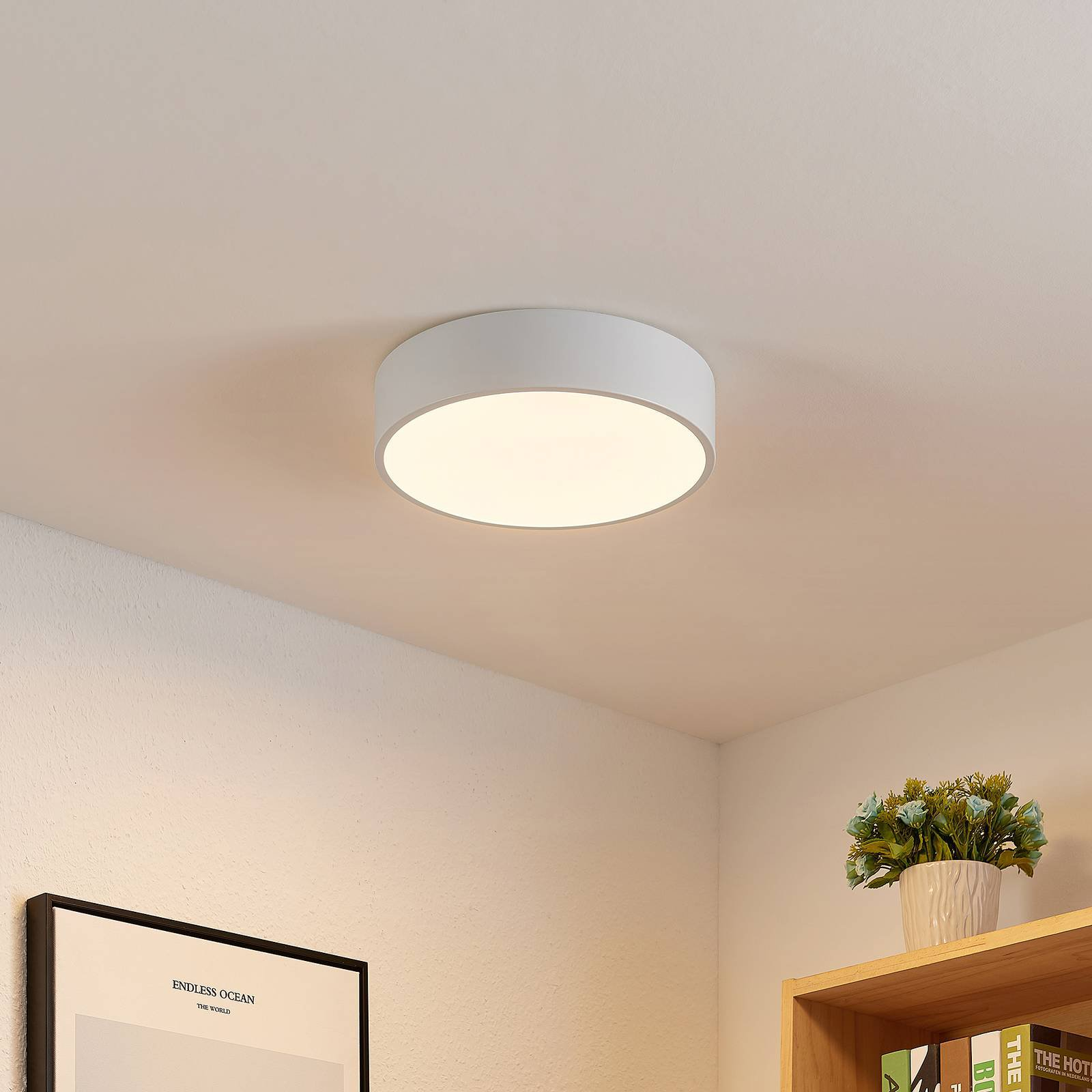 Lindby Simera LED-taklampe, 30 cm, hvit